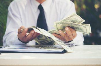 De cati bani ai nevoie sa incepi o afacere?
